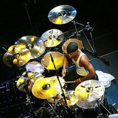 Bubnjar Tony Royster Jr.