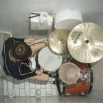 Kako početi svirati bubnjeve - sat vremena dnevno