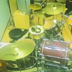 bubnjevi snimljeni sa 4 mikrofona
