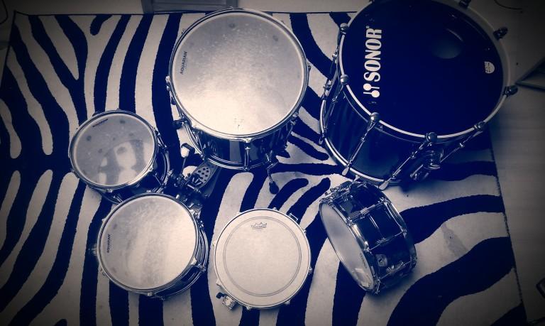 moji bubnjevi sa starim Aquarian kožama